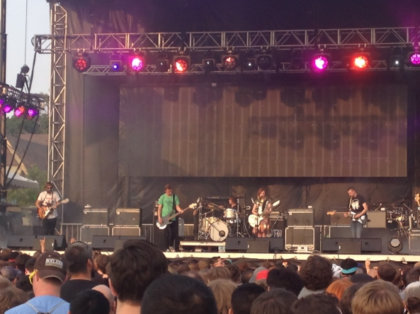 slowdive performing at pitchfork
